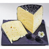 Tomme noire igp des Pyrénées cora au lait pasteurisé