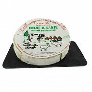 Brie à l'ail  lait de vache pasteurisé 28%mgpt
