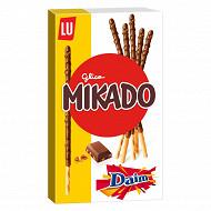 Mikado chocolat lait éclat daim 70g