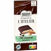 Nestlé Les Recettes de L'Atelier tablette de chocolat noir et pâte d'amande 142g