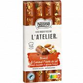 Nestlé Les Recettes de L'Atelier tablette de chocolat au lait muesli et caramel pointe de sel 170g
