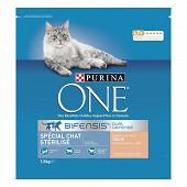 PURINA ONE Croquettes pour chat adulte Stérilisé -A la truite et au blé - 1,5 kg