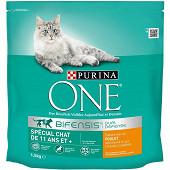 PURINA ONE Croquettes pour chat âgé de 11 ans et plus au Poulet et aux Céréales Complètes - 1,5kg